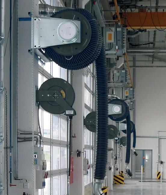 Устаткування для видалення вихлопних газів